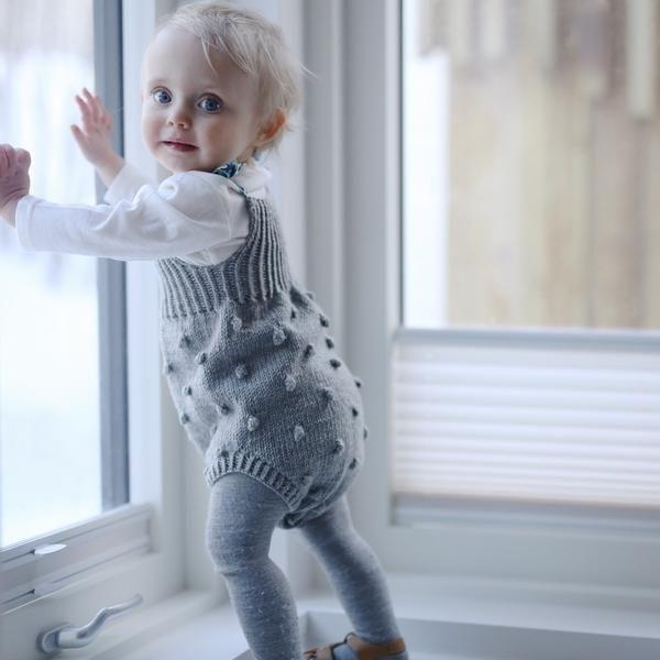 Paelas babydrakt / baby suit (norwegian and english)
