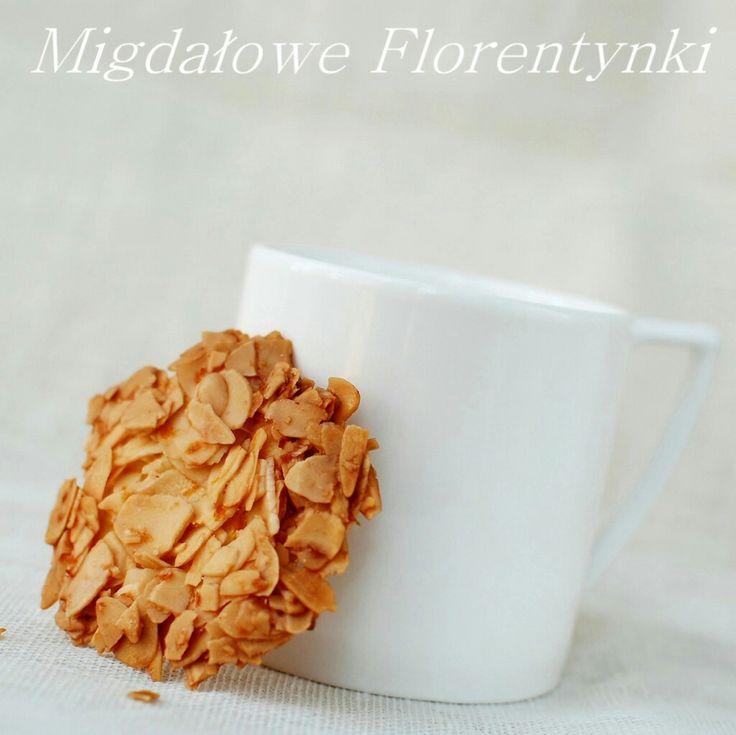 Migdały 140g + białko + cukier puder 40g + skórka pomarańczy