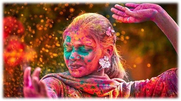 El Holi Festival De Colores De India Festival De Colores Holi Party Deseos De Felices Fiestas