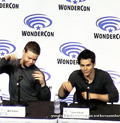 On my Gosh! A bunch of retards in wonder con?? Ok will poulter seems the greatest retard.. This is freaky