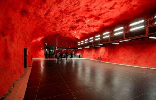 Потрясающее метро Стокгольма