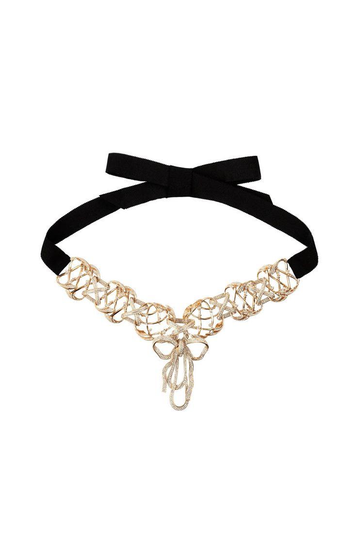 Cinturón de metal dorado con listón de Chanel