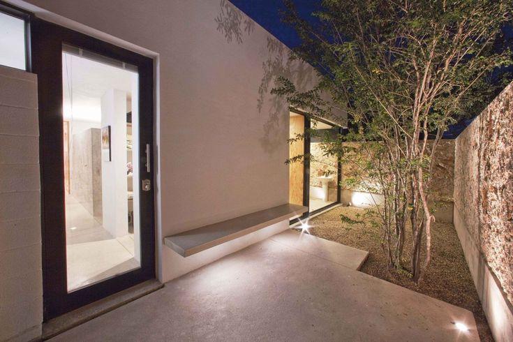 Gallery of Gershenson House / Roman Gonzalez Jaramillo - 7