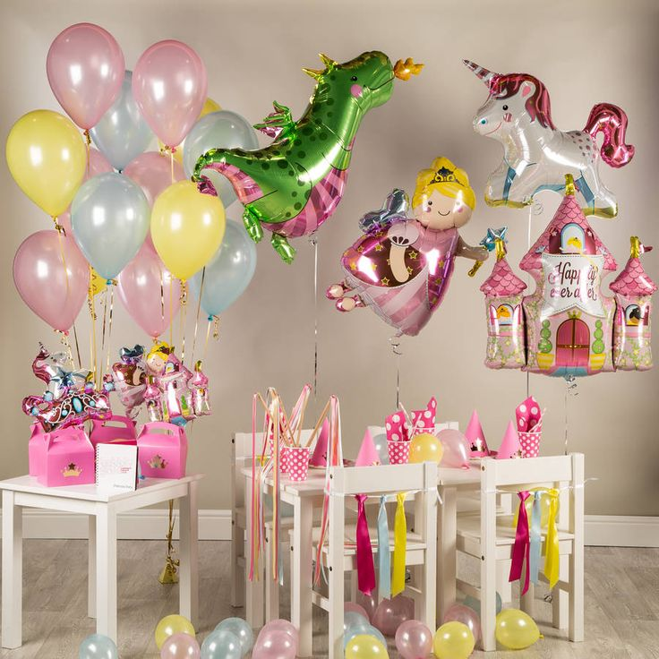 This beautiful Princess Party Kit has everything to decorate the perfect party!This awesome Princess party kit contains the following: A Princess Party Plan, including a time plan for the party, games, fantastic hints and tips on how to ensure the party goes with a bang, and much more! The core package of the Party Kit includes items to decorate the room and is made up of four jumbo foils - Daphne Dragon, The Fairy Castle, The Unicorn and The Fairy Godmother, a pack of fourteen latex 11…