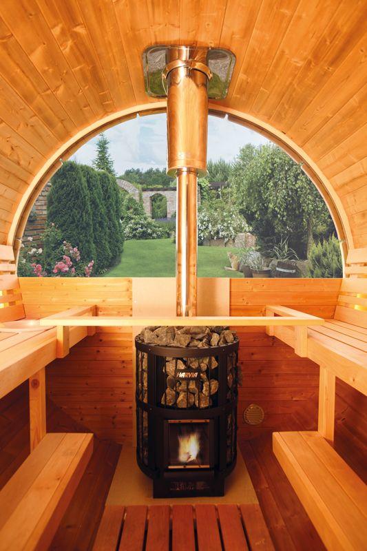 Einige unserer Saunafässer sind sogar mit Panoramafenster erhältlich.