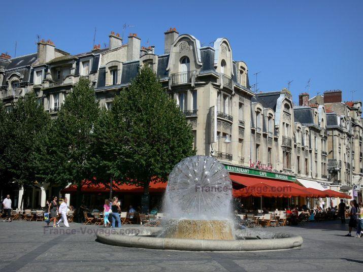 Les 35 meilleures images du tableau reims ma ville sur pinterest champagne tourisme et ville - Piscine reims ...