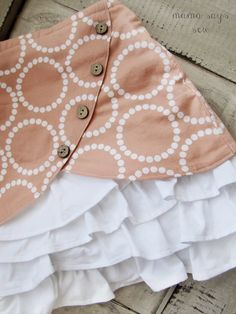 mama says sew: Vintage Ruffles and Lace