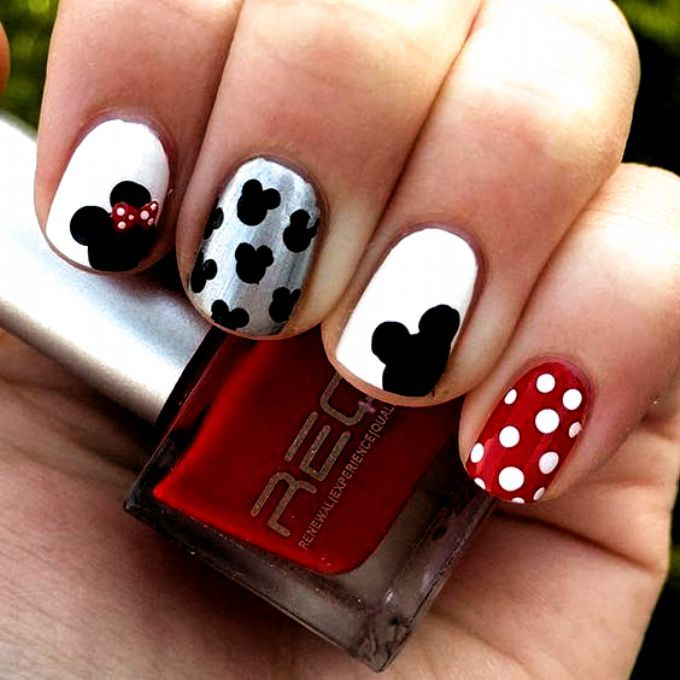 Simple Mickey And Minnie Nail Design Nails Design Fall In 2020 Nails For Kids Disney Nail Designs Nail Art For Kids