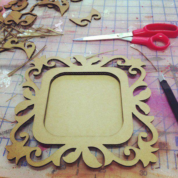 hand made picture frame // marco de fotos hecho a mano