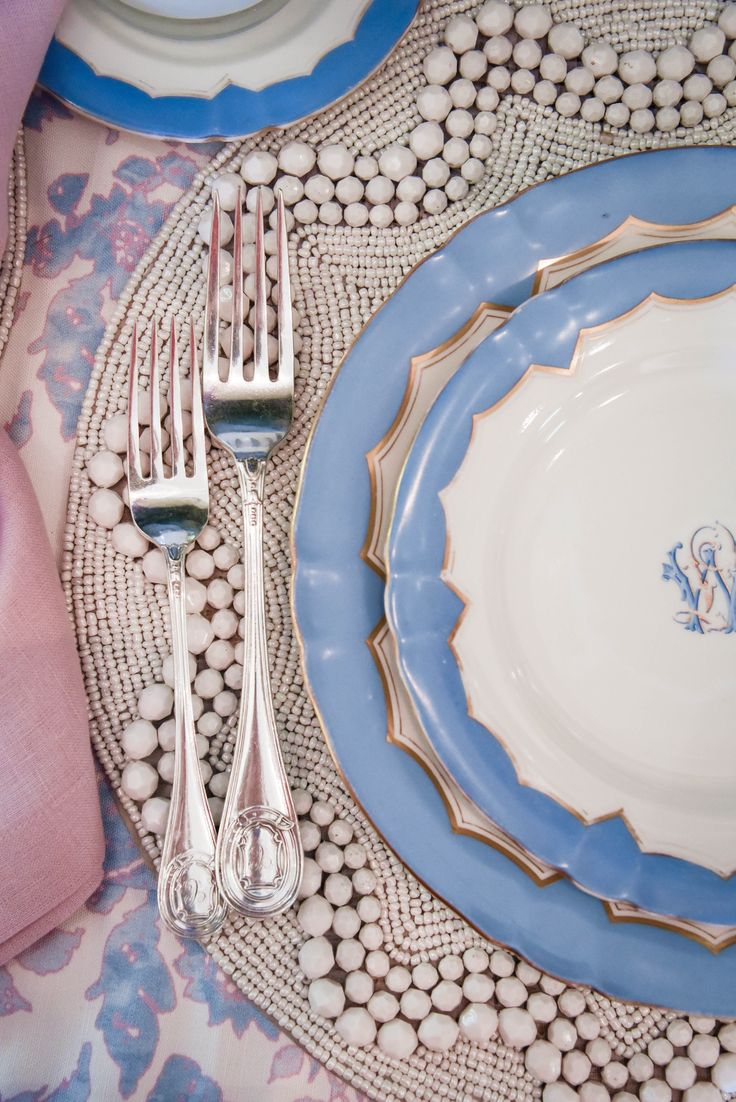 blue and lavender table design | beaded placemats | blue and white china | Blue Print Store | blueprintstore.com