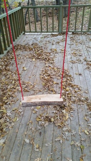 Make a swing with drill, rope and split log in minutes...