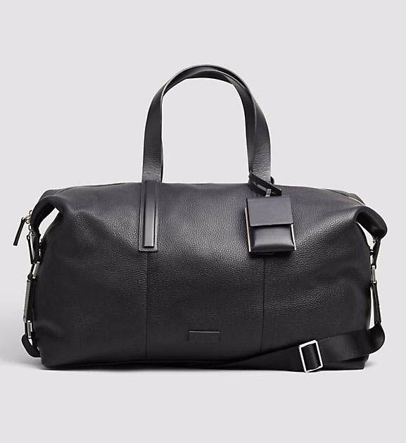 Leather weekender – mason. Calvin Klein.