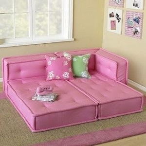 Made out of old couch cushions! Mom!! You could do this!