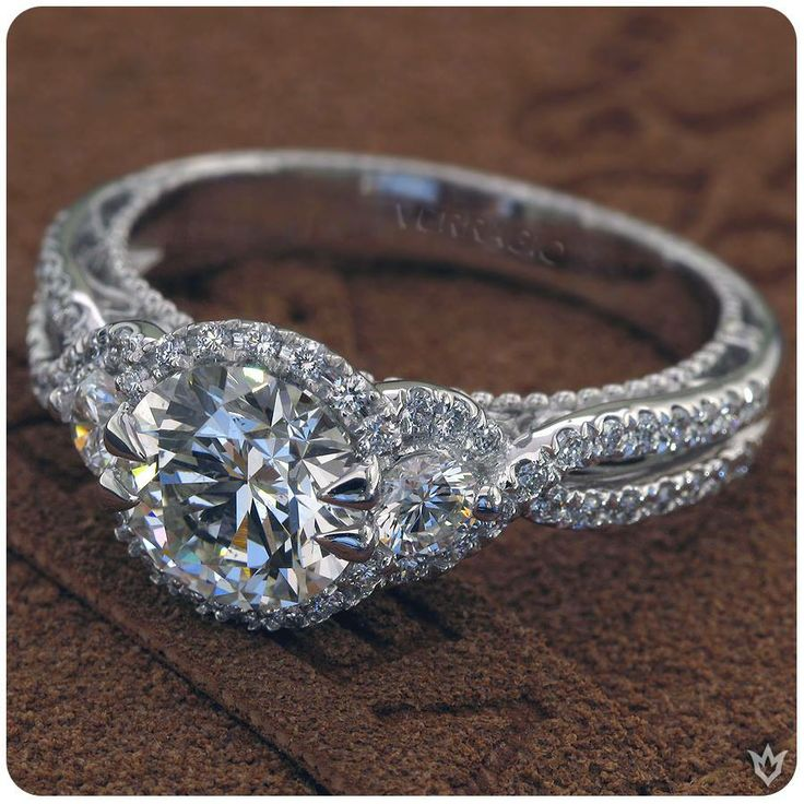 Want to make this winter wonderful? Propose with a Verragio ring from Duncan & Boyd!