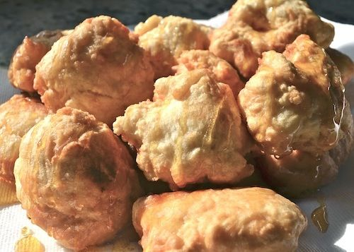 Recipes: Maori Fried Bread 4 cups of standard white flour90513Maori Fried Bread Recipe Golden Syrup 3 Tablespoons of sugar 2 Tablespoon..of yeast 1 liter of water (4 1/4 cups) cooking oil & electric frying pan or deep fryer