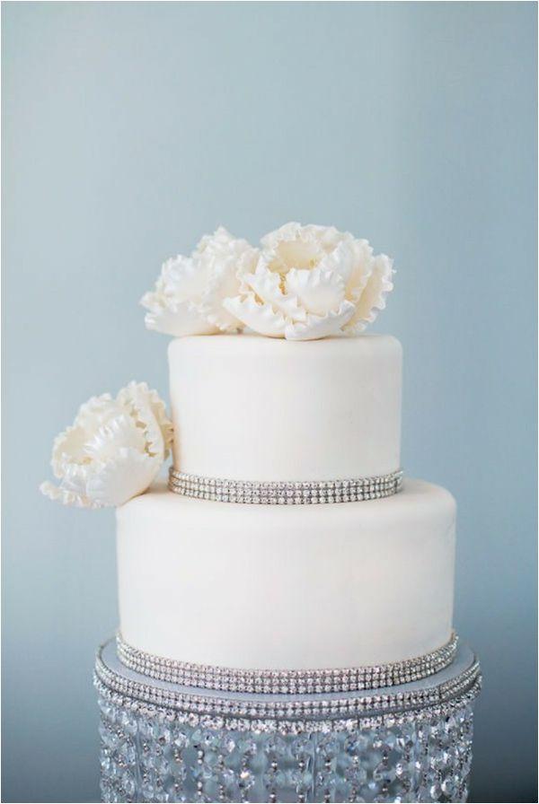 rhinestone studded wedding cake, sparkly wedding cakes, sparkly wedding ideas