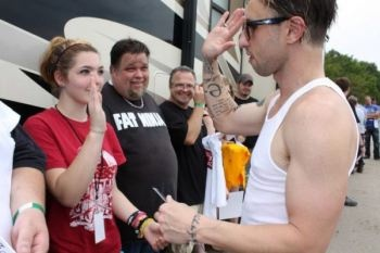 The 10 best shinedown interview and meet and greet at edgefest by shinedown m4hsunfo