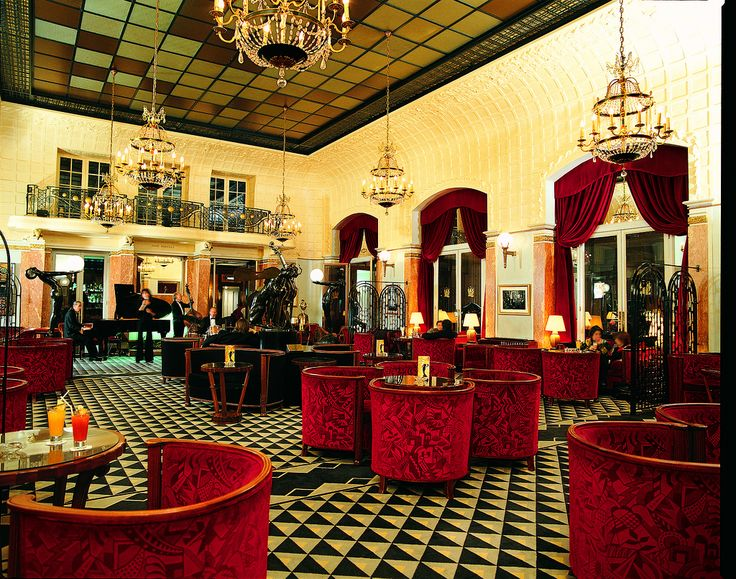 132 best images about art deco rooms on pinterest for Deco restaurant