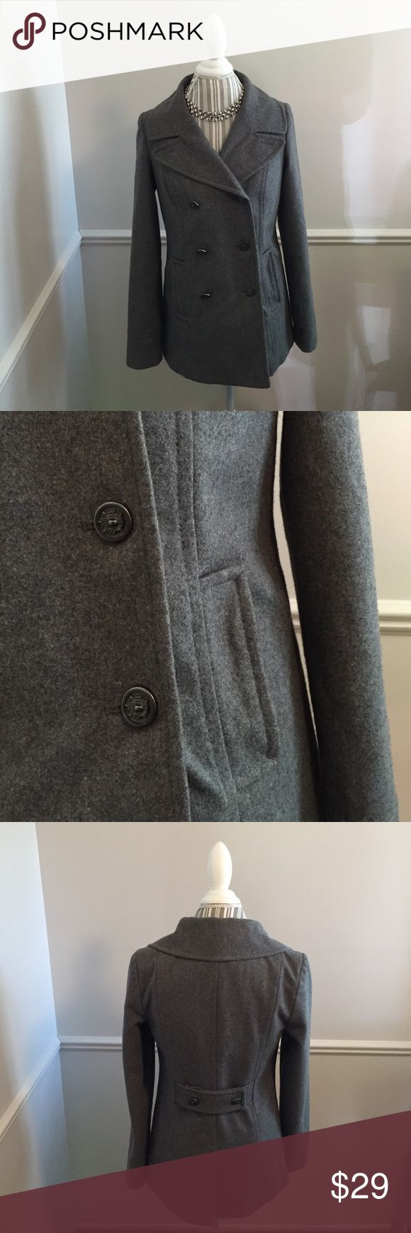 Old Navy Gray Pea Coat. Size S/P/P. Old Navy Gray Pea Coat. Size S/P/P. This coat features 6 front buttons and one inner button. 3 to close the coat and the one inner to assure no wind gets to you. The buttons are steel with a charcoal finish. There is a matching strip of fabric in the rear lower back of the coat with 2 matching buttons. Fall is right around the corner and this would be perfect for those cool days not to mention this goes great with business attire. Old Navy Jackets & Coats…