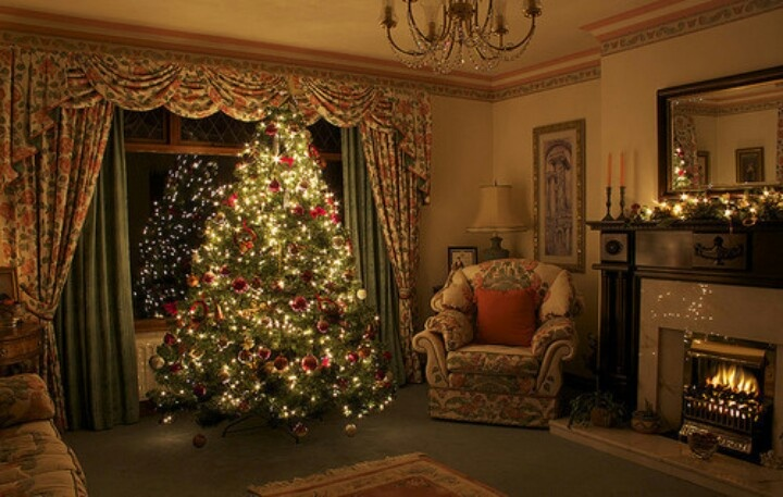 Old time Christmas setting with tree