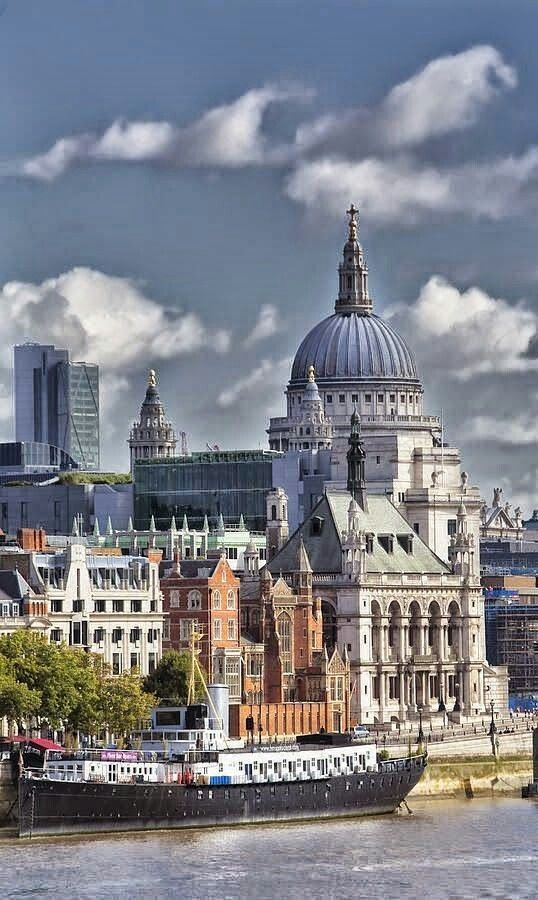 London is no doubt one of the most impressive cities in terms of architecture and design. And tourists seem to fancy it every year a bit more. | My Design Agenda