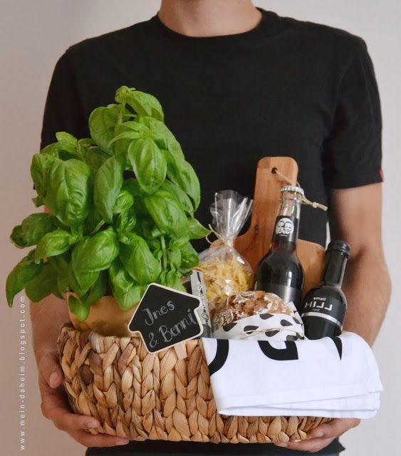#Einweihungsgeschenk #Geschenkkorb #Housewarming #Gift #Geschenk #Einweihung #Wohnungseinweihung #Seegraskorb #Wein #Italien #italienisch #Basket #Idee #Idea