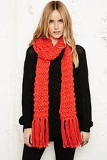 In the cold #DREAMXMAS time, always wear a scarf to keep you warm!
