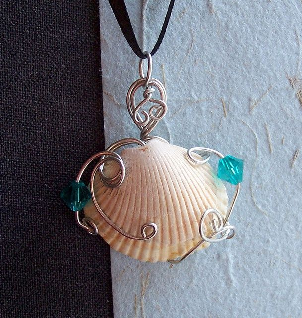 sea shells crafts ideas pendant with sea shell from