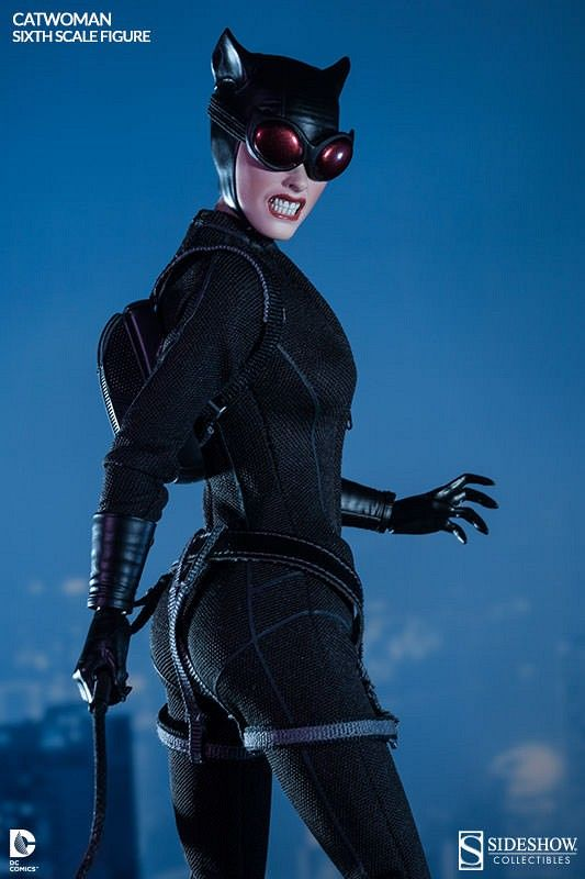 http://static.srcdn.com/slir/w533-h800-q90-c533:800/wp-content/uploads/Catwoman-Sixth-Scale-Sideshow-Collectibles-Goggles.jpg