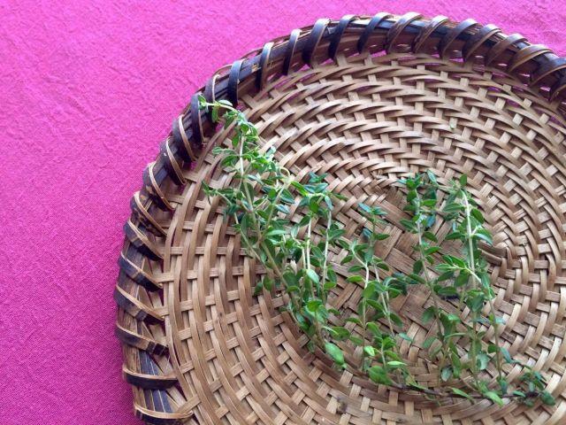 西洋料理に欠かせないハーブ「タイム」を使う、春の異国風レシピ。 - macaroni