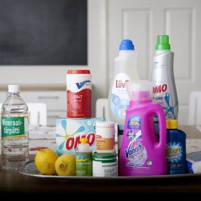 Marttojen tahranpoistosivusto, jossa ohjeita eri puhdistusaineiden käyttöön ja tahranpoistovinkkejä.