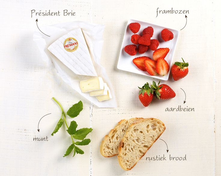 Président Brie rustiek brood frambozen aardbeien munt