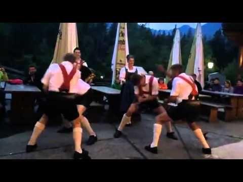 Брутальный австрийский народный танец