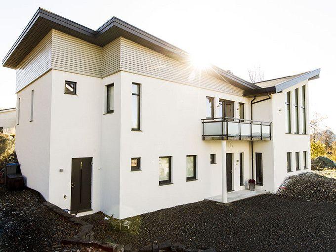 Moderne og enkelt - murhus - pusset fasade - Leca