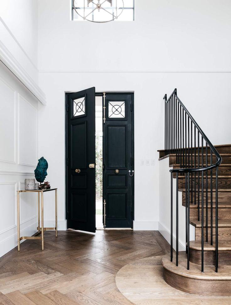 Black Door | Enrty way | Grand entry | Black front door | Stairs | Railing | home decoration |home design |Interior design | Interior decoration