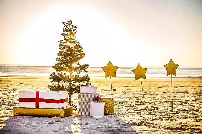 Some Countries That Celebrate Christmas In Summer Instead Of Winter Countries That Celebrate Christmas Christmas Celebrations Summer
