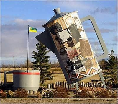 World's Largest Coffee Pot - Davidson, Saskatchewan
