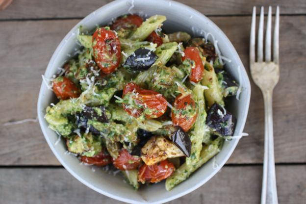 eggplant and tomato pasta with kale pesto more foodie noodles eggplant ...
