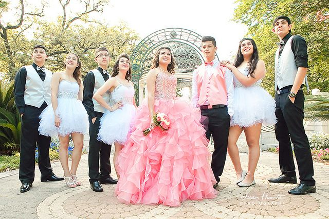 15 Anos Dresses Pink: Quinceaneras Damas And Chambelanes. Quinceaneras