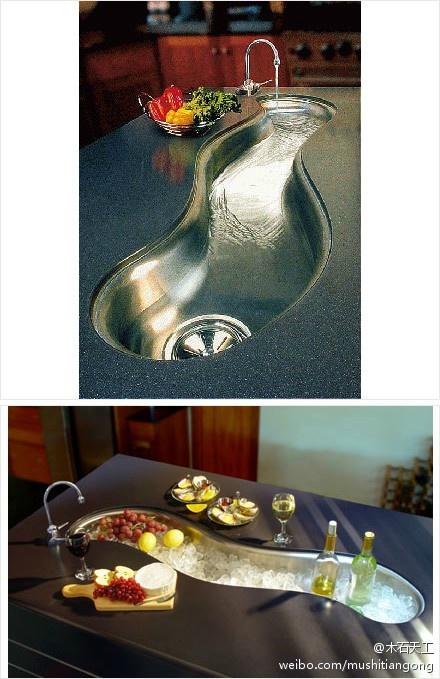 厨房内的水槽被设计成溪流一般,每天看着它做菜烧饭也是一种享受。