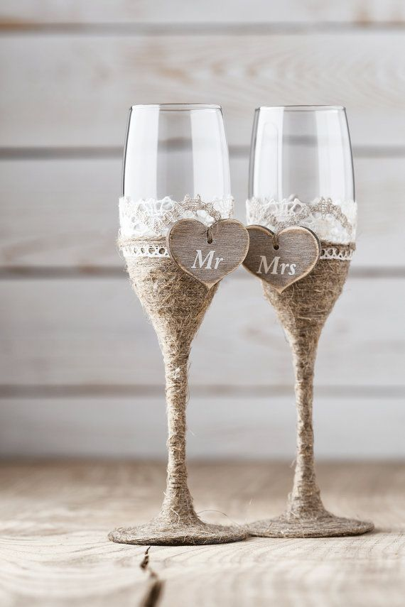the perfect toasting flutes for a rustic wedding!  adorable!  ~  we ❤ this! moncheribridals.com