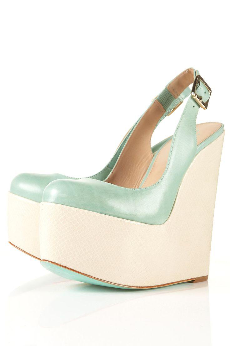 High Soled Closed Toe Shoe