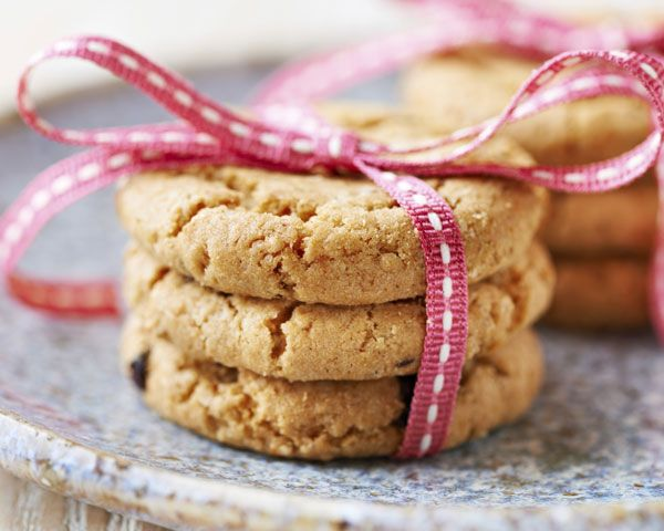 Make multipurpose cake crumbs from your wedding cake to add to a frosted cake for texture, or to make these Cake Crumb Cookies.