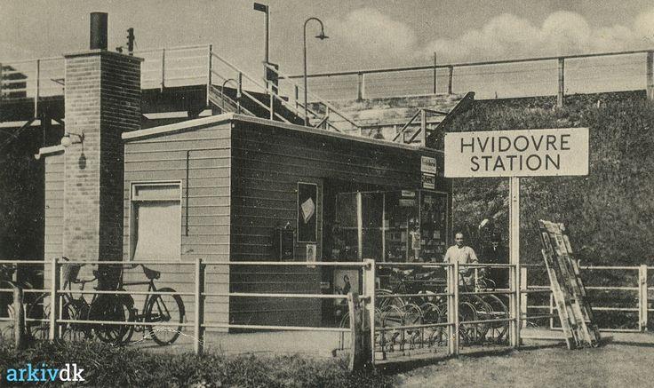 arkiv.dk | Hvidovre Station (trinbræt) og stationskiosk 1936