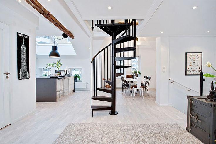 Prachtig industrieel appartement met oude details | Woonguide.nl