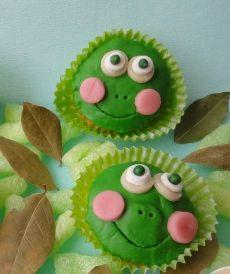 Un peu de gaieté dans les cupcakes pour mieux les savourer. http://cupcakeavenue.fr/54-cupcake-original