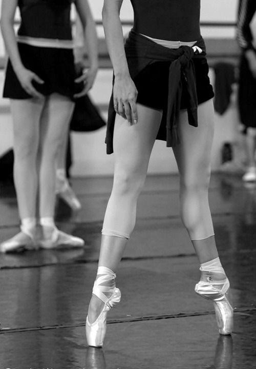 Rew Elliott: I'm Still a Dancer in my Heart: pointe