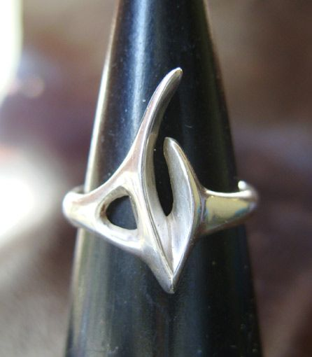 Alien Claw ring by ~GeshaR on deviantART- lost wax cast