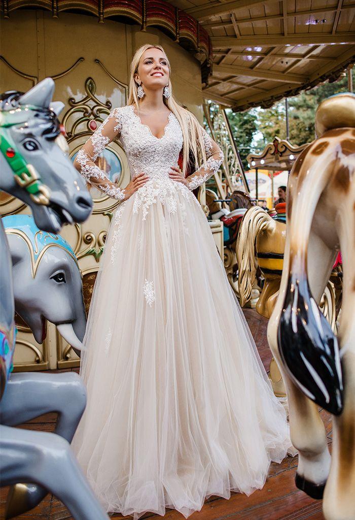 Ніжне весільне плаття А-силуету з довгими рукавами cb1ba46d1c14b