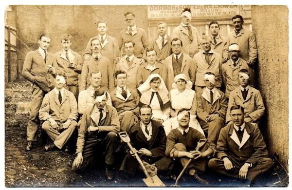 This photographic postcard shows wounded soldiers from the First World War, many with eye wounds and some who were completely blind. The photo was taken by Mr E. C. Cook of Fulham Road, London.  #WarPhotography #BlindVeteransUK #FirstWorldWar #WorldWarOne